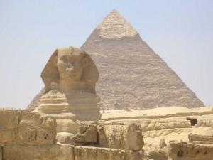"Le Piramidi ""svendute"""