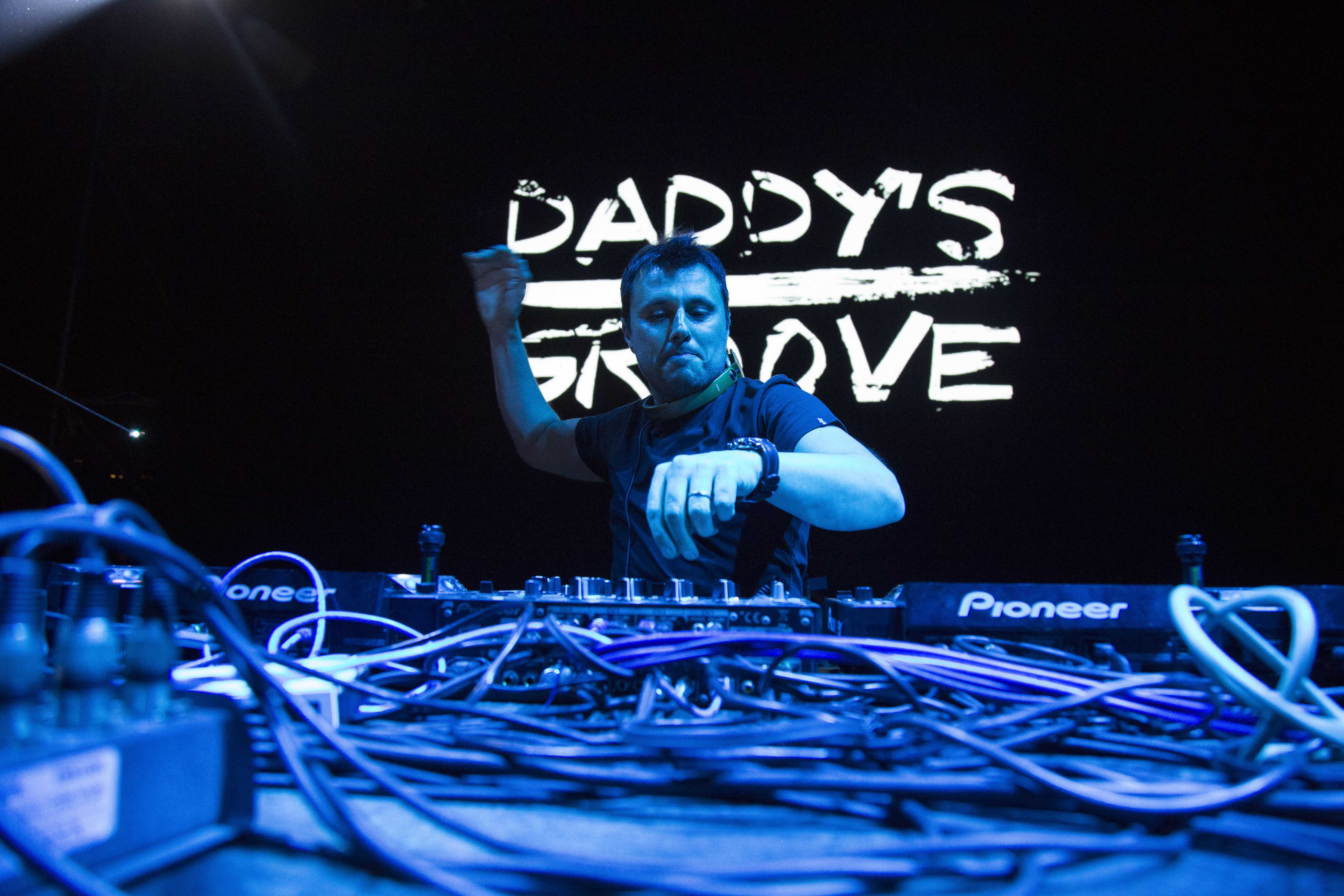 4-daddys-groove
