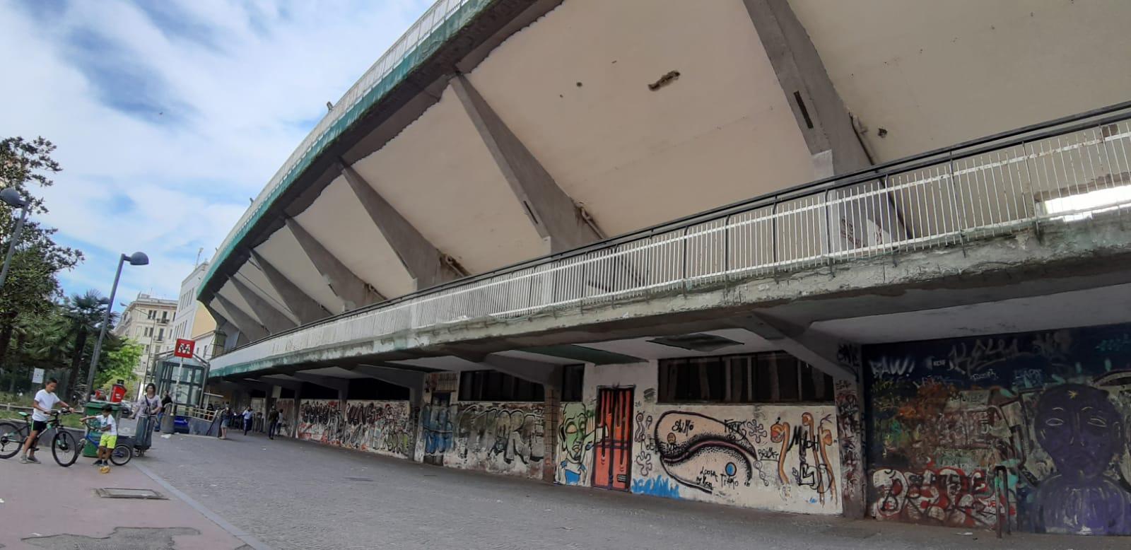 Vomero abbandonato: sit in in piazza Quattro Giornate