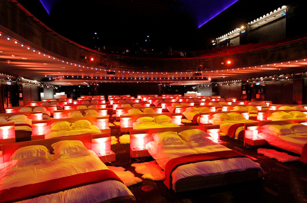 "L' OLYMPIA SE TRANSFORME EN DORTOIR GEANT POUR L' OPERATION IN BED WITH IKEA FOR ONE NIGHT THE VENUE OLYMPIA IN PARIS WAS TRANFORMED IN A GIANT BEDROOM FOR THE NEEDS OF SWEDISH COMPANY IKEA WHO PRESENTED ""IN BED WITH IKEA AND ALLOWED SOME HAPPY FEW TO SLEEP THERE, WATCH A CONCERT OF ABBA MUSIC AND SEE MILLENIUM MOVIE THIS EVENT WAS TO PROMOTE THE LINE OF MATTRESS AND BED FROM IKEA Angeli / Reporters Ref: 00156646_000002.jpg"