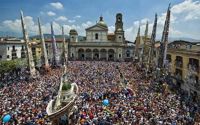 S. Paolino, ovvero la Festa dei Gigli di Nola